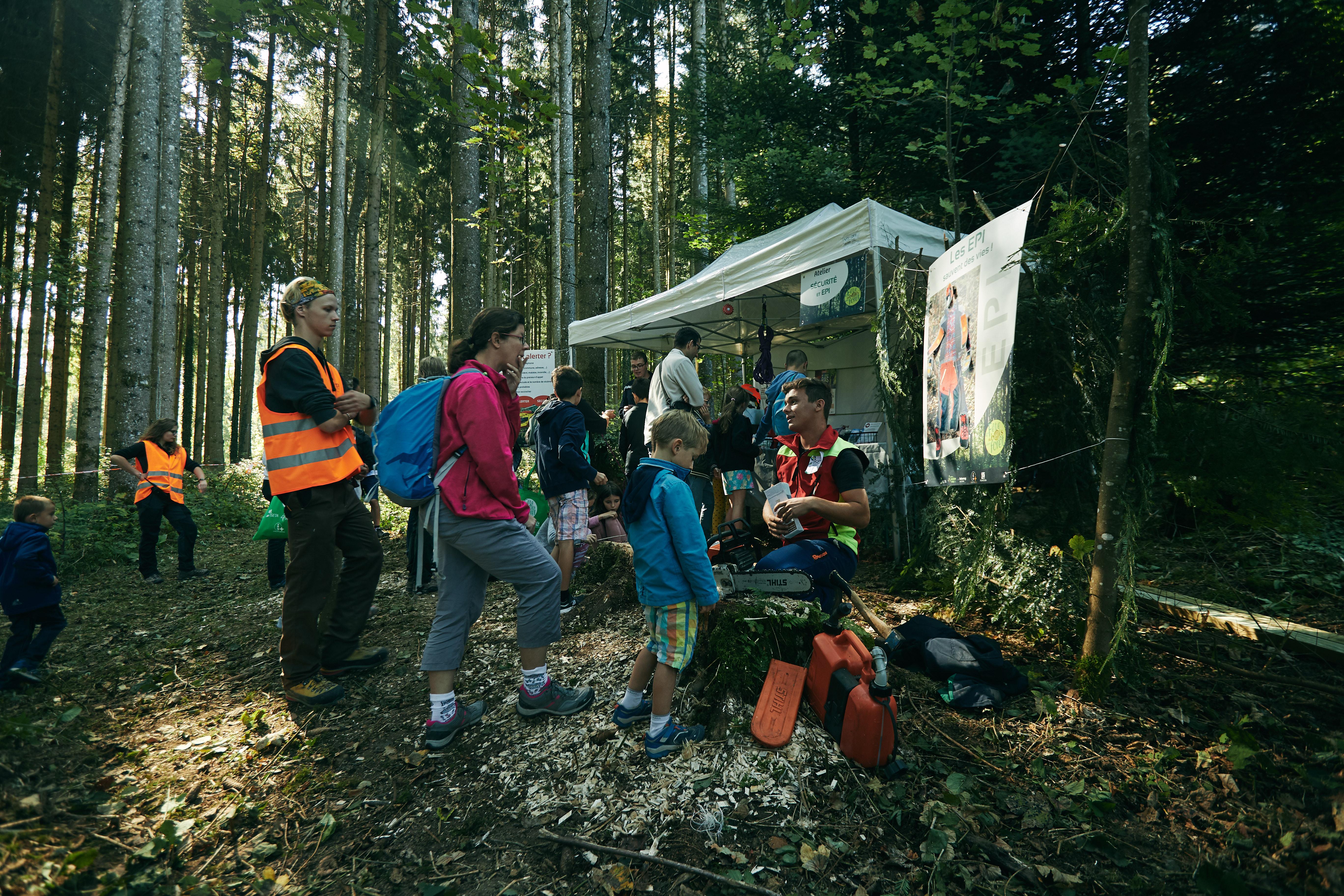 stand ISETA sur la sécurité en forêt